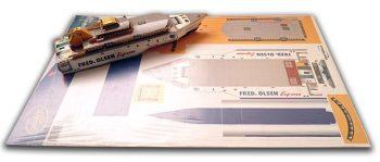 Barco Fred Olsen: Impresión sobre cartulina y troquelado para montaje